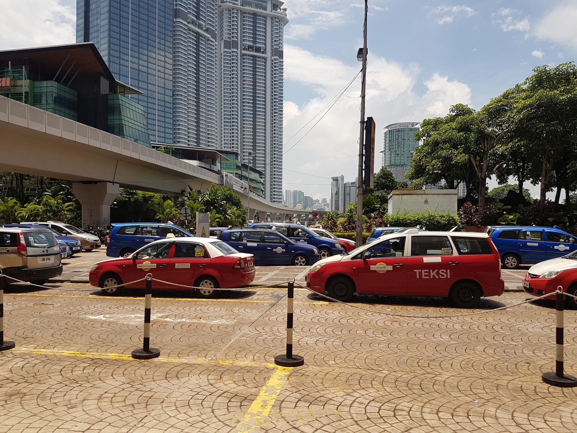 Такси в Куала-Лумпуре