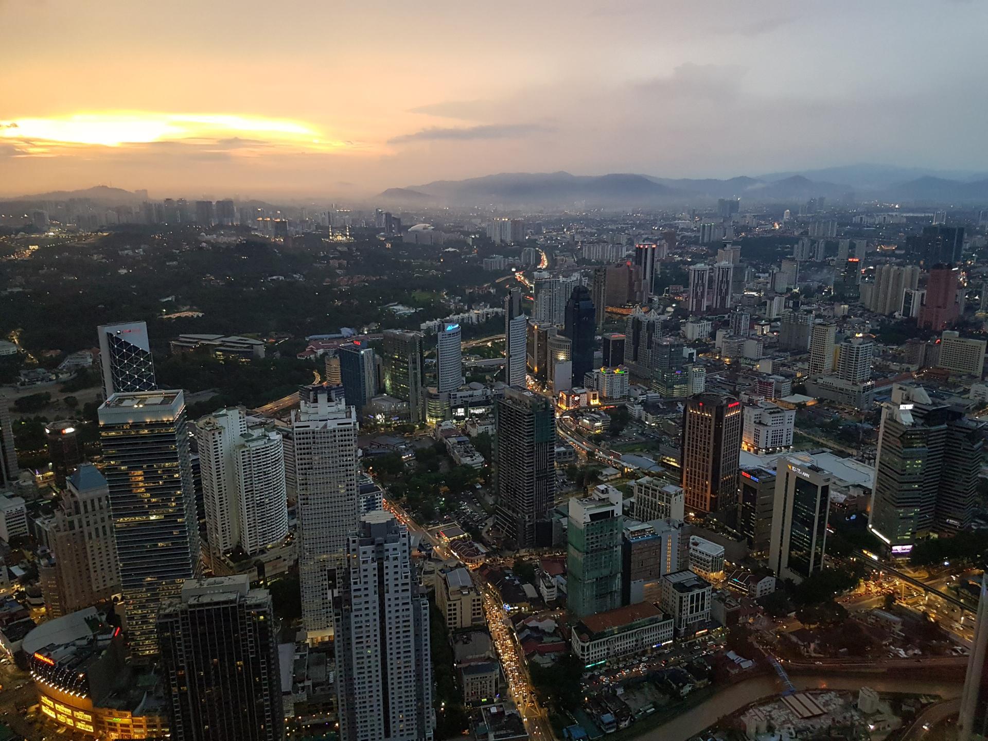 Закат над Куала Лумпуром