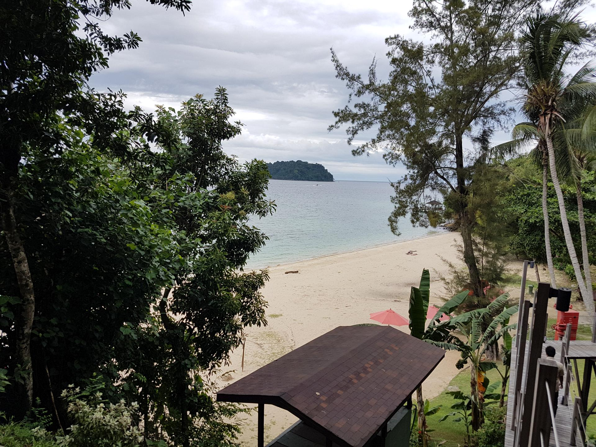 Пляж остров Манукан