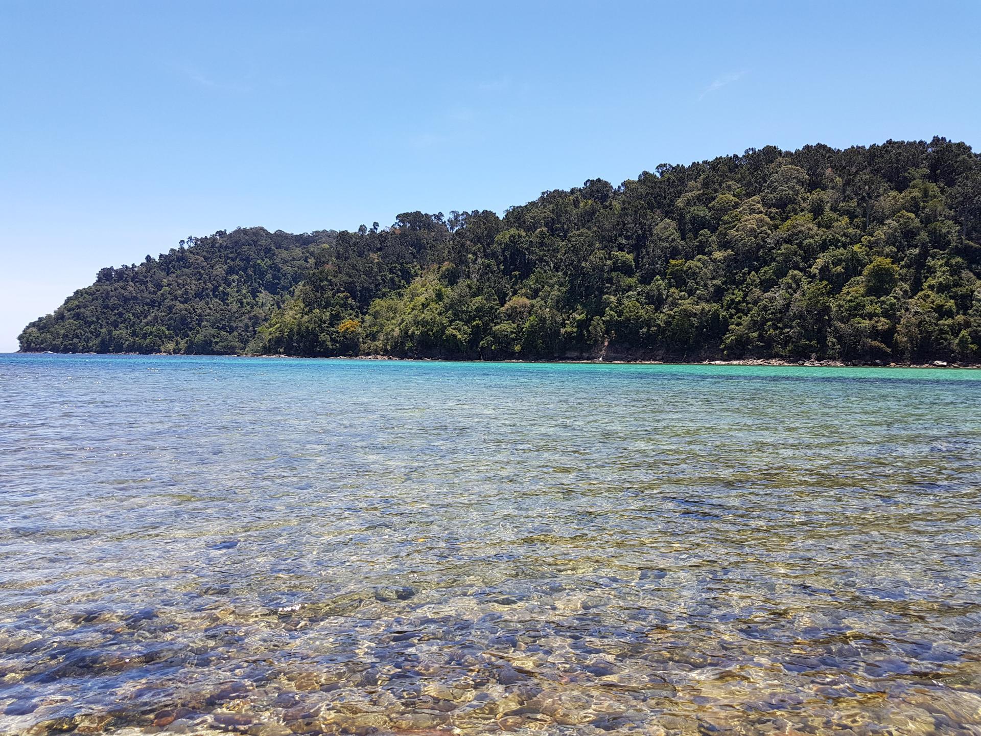 Пляж острова Сапи