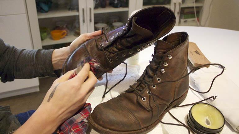 чистильщики обуви