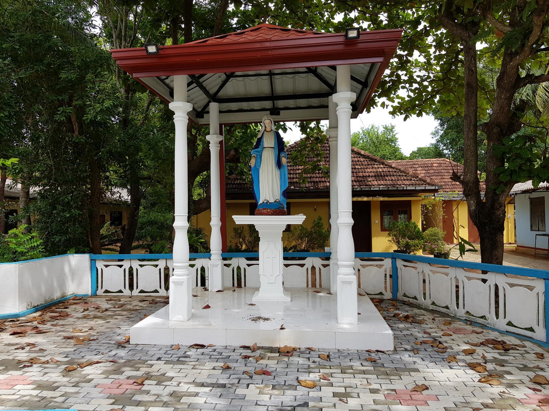 Католическая часовня, Полоннарува, Шри-Ланка.