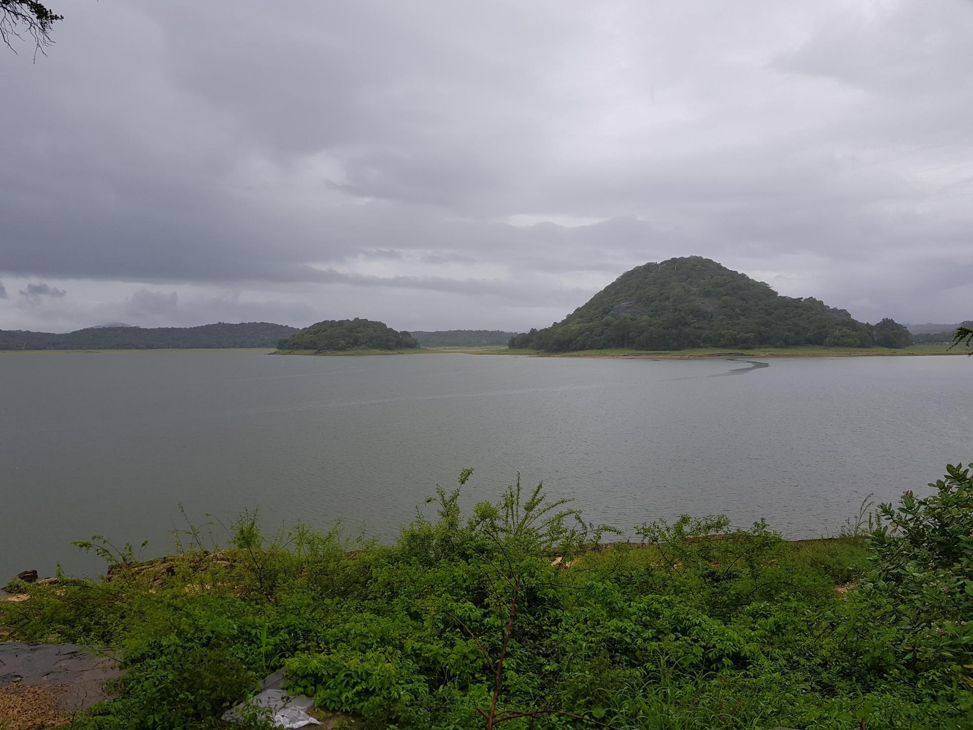 Озеро Топа Вева, Полоннарува, Шри-Ланка.
