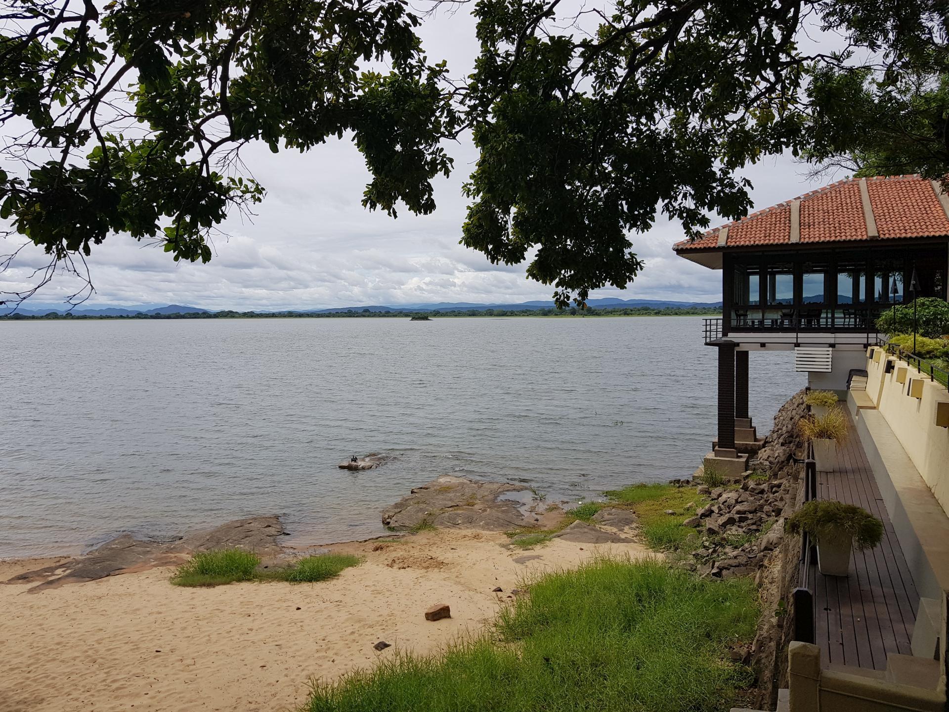 Озеро Топа Вева (море Паракрамы), Полоннарува, Шри-Ланка.