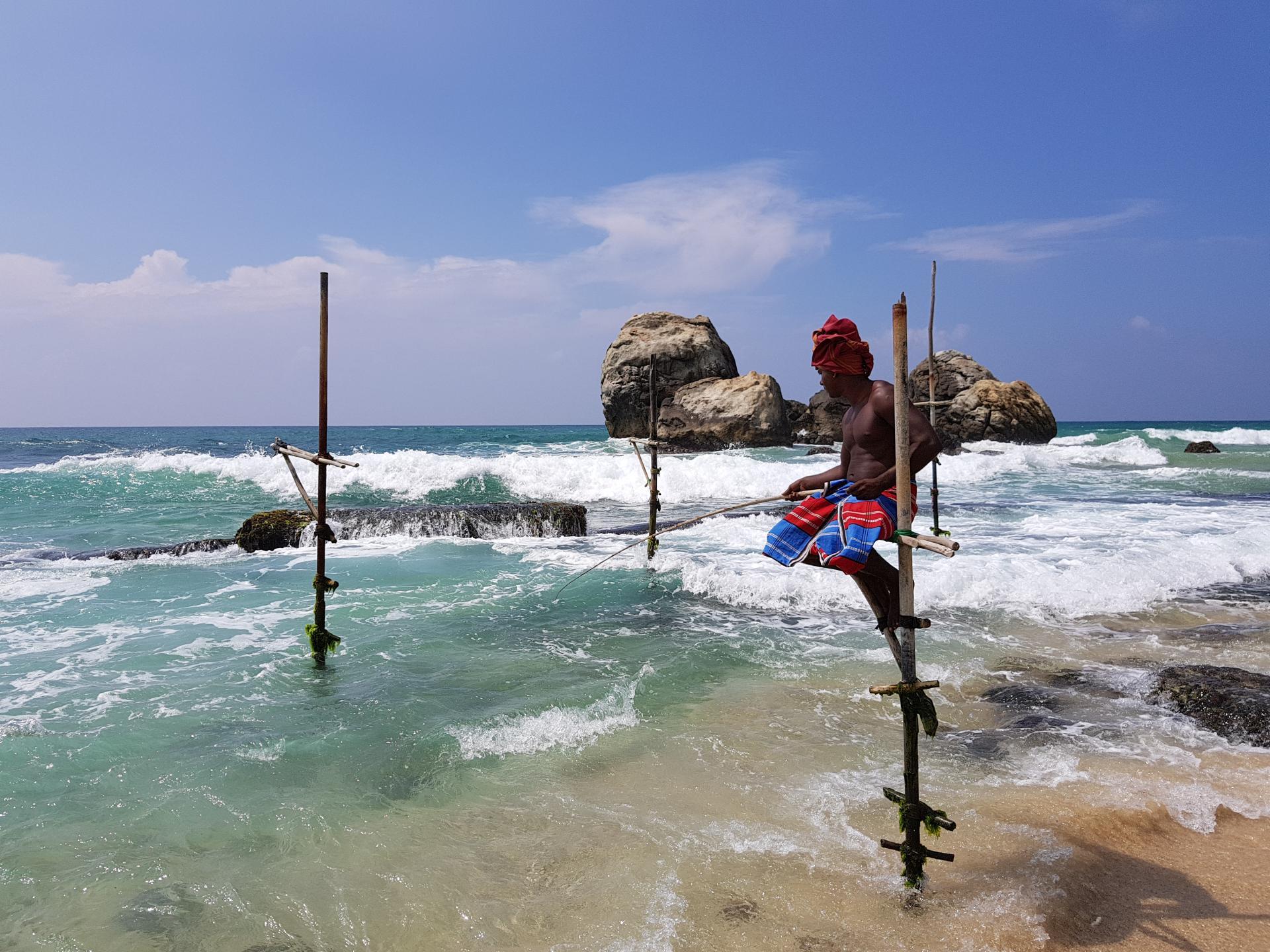 Рыбак на шесте, Шри-Ланка