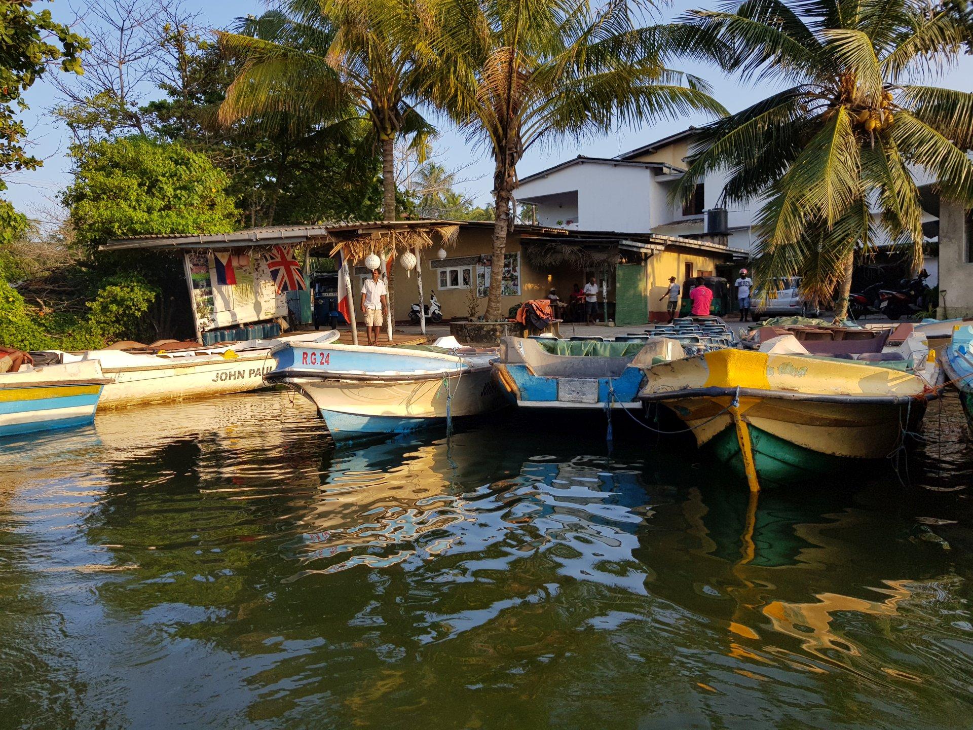 Лодочный причал, Хиккадува, Шри-Ланка.
