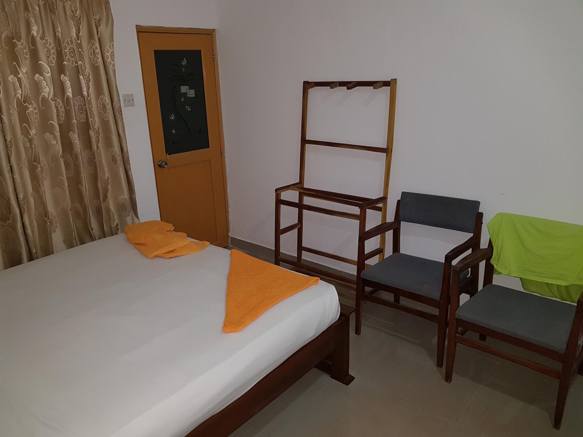 "Отель ""Eden Home Stay"", Хиккадува, Шри-Ланка."