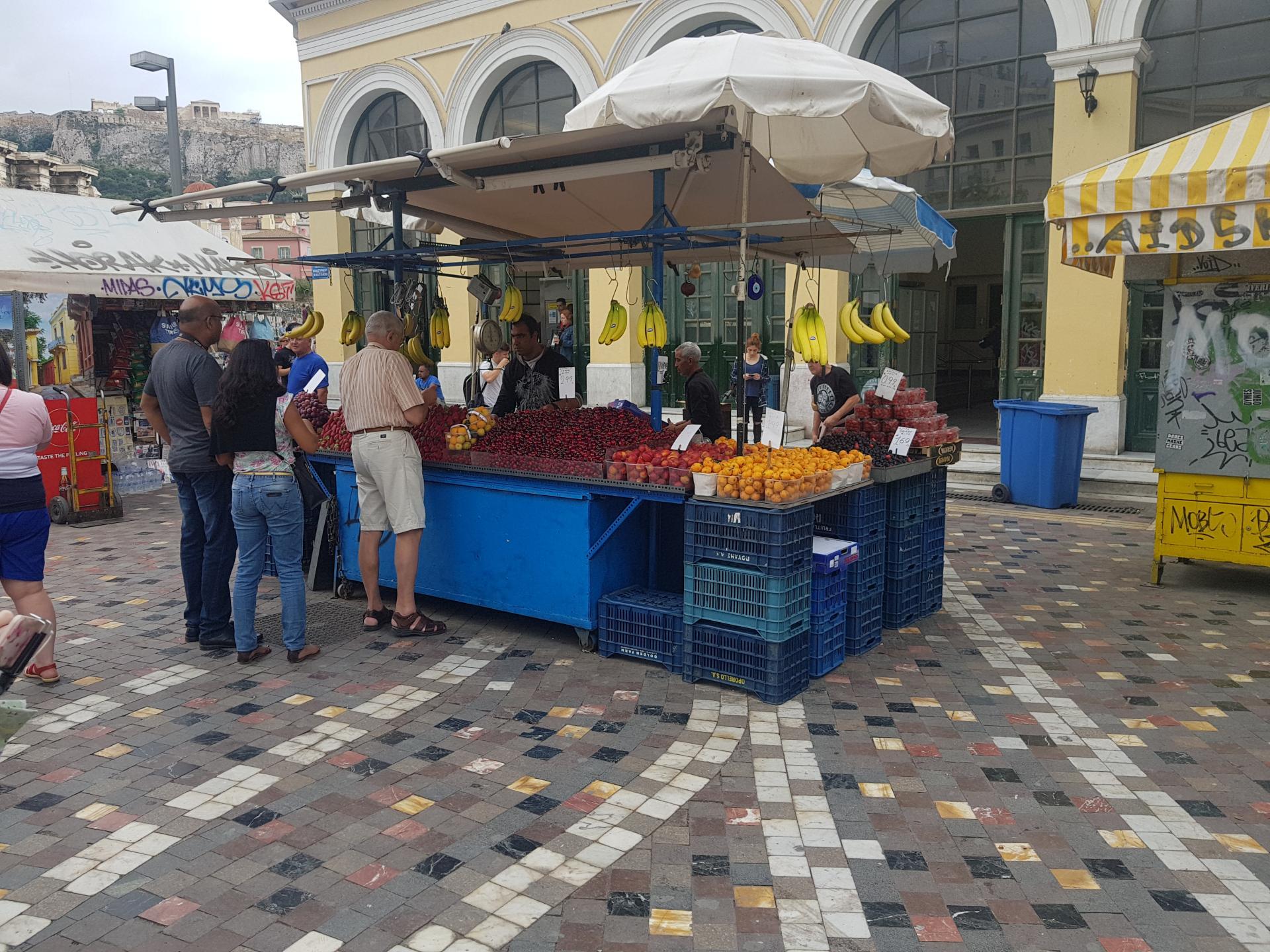 Торговец фруктами в Афинах