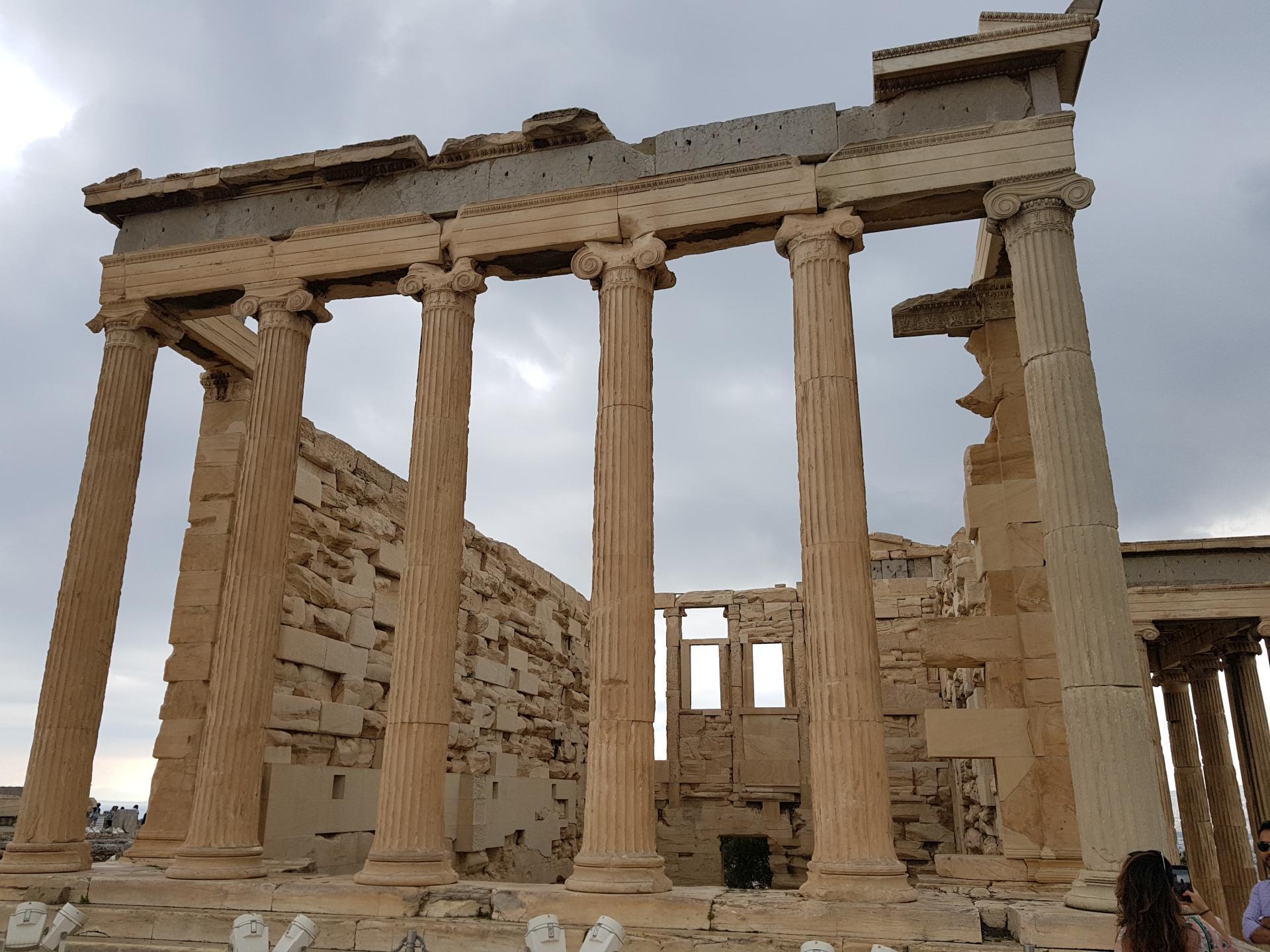 древние постройки Акрополя