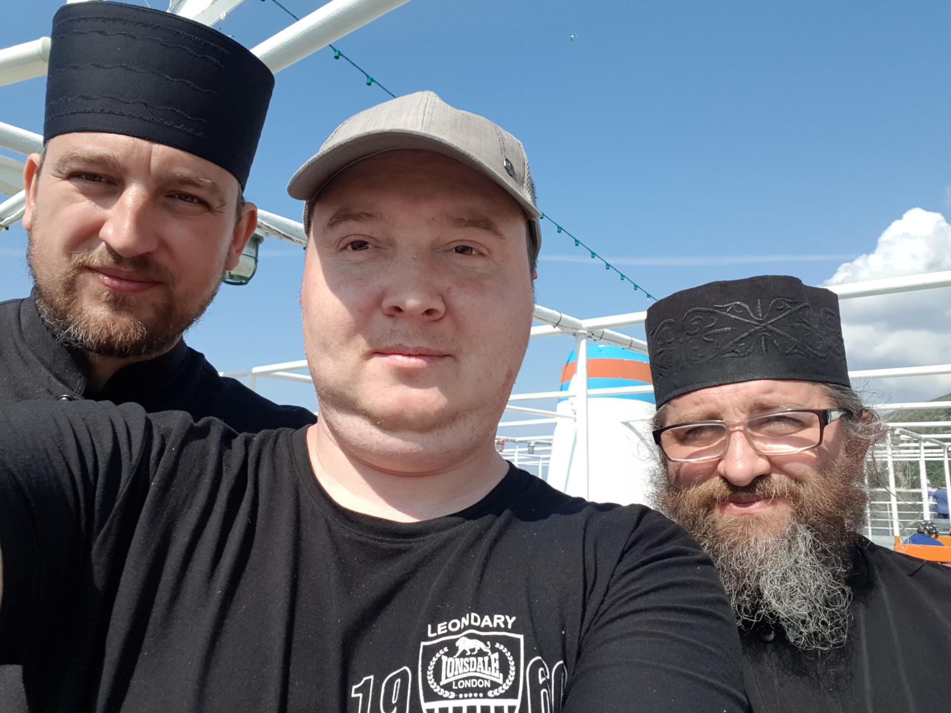 вятский лапоть со священниками
