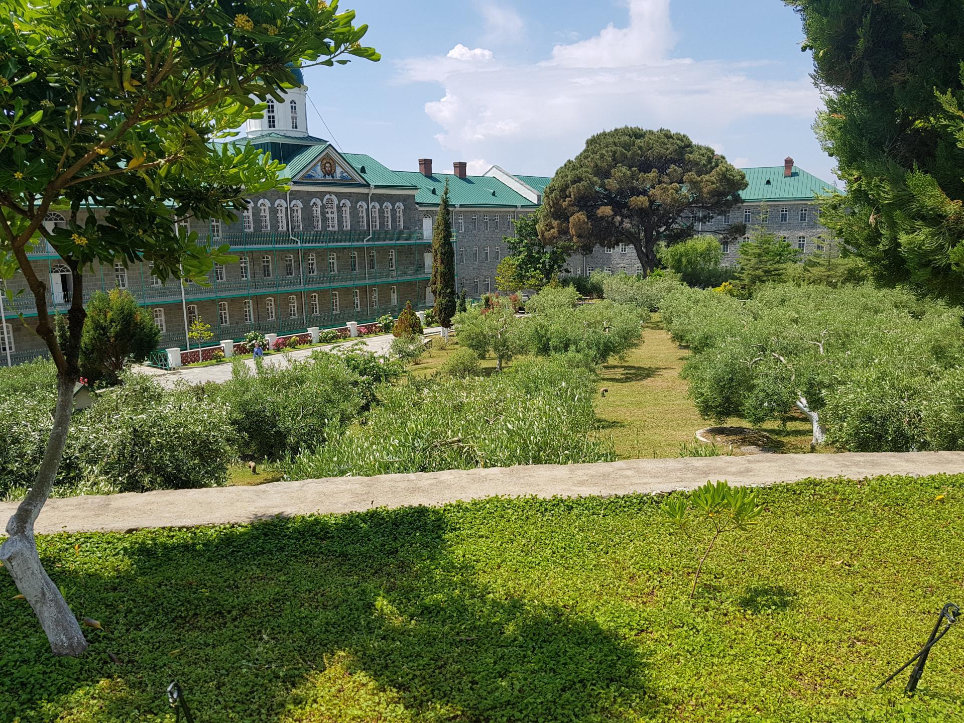 Жилой комплекс Свято-Пантелеймонова монастыря