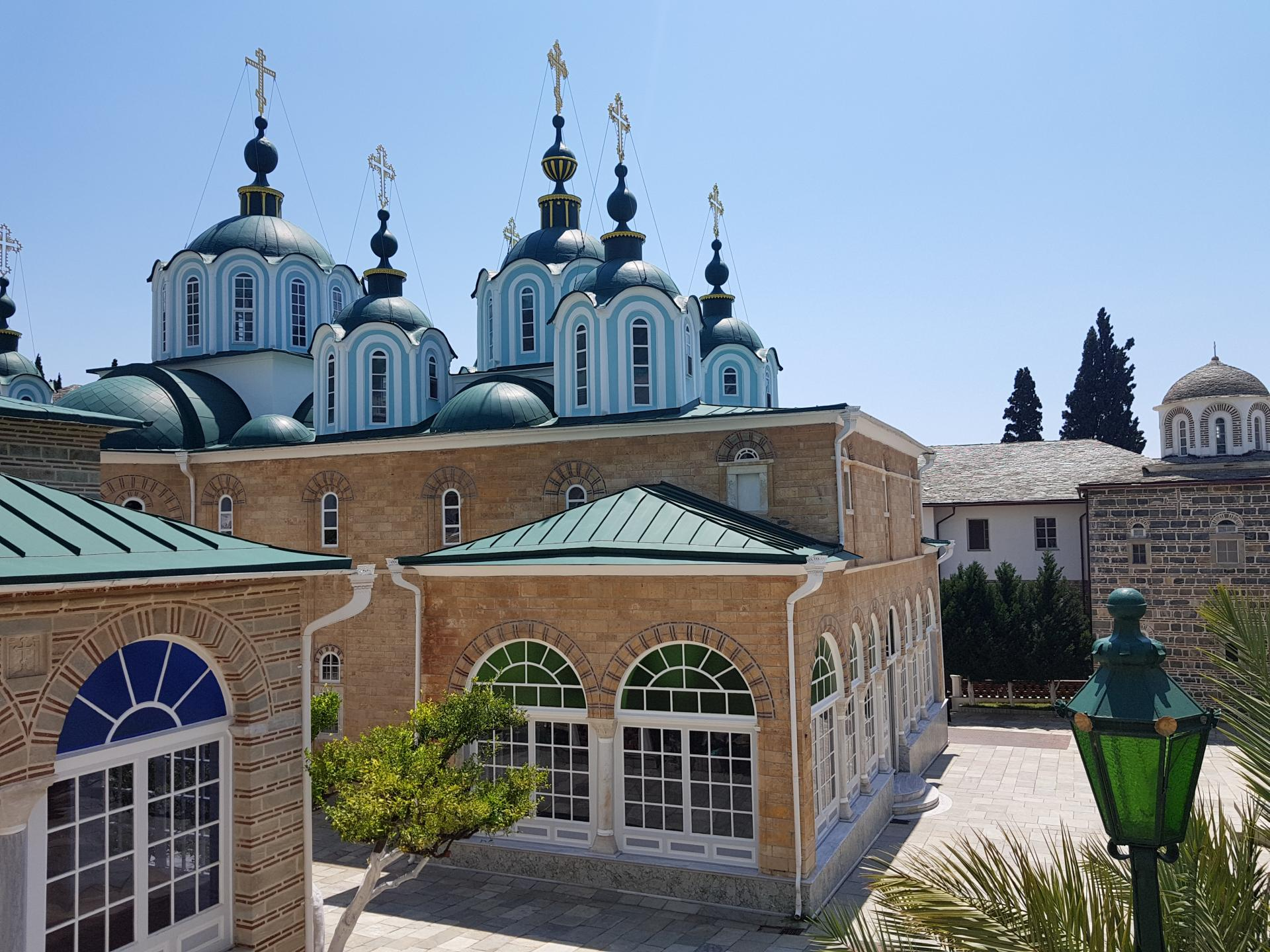 Храм Свято-Пантелеймонова монастыря