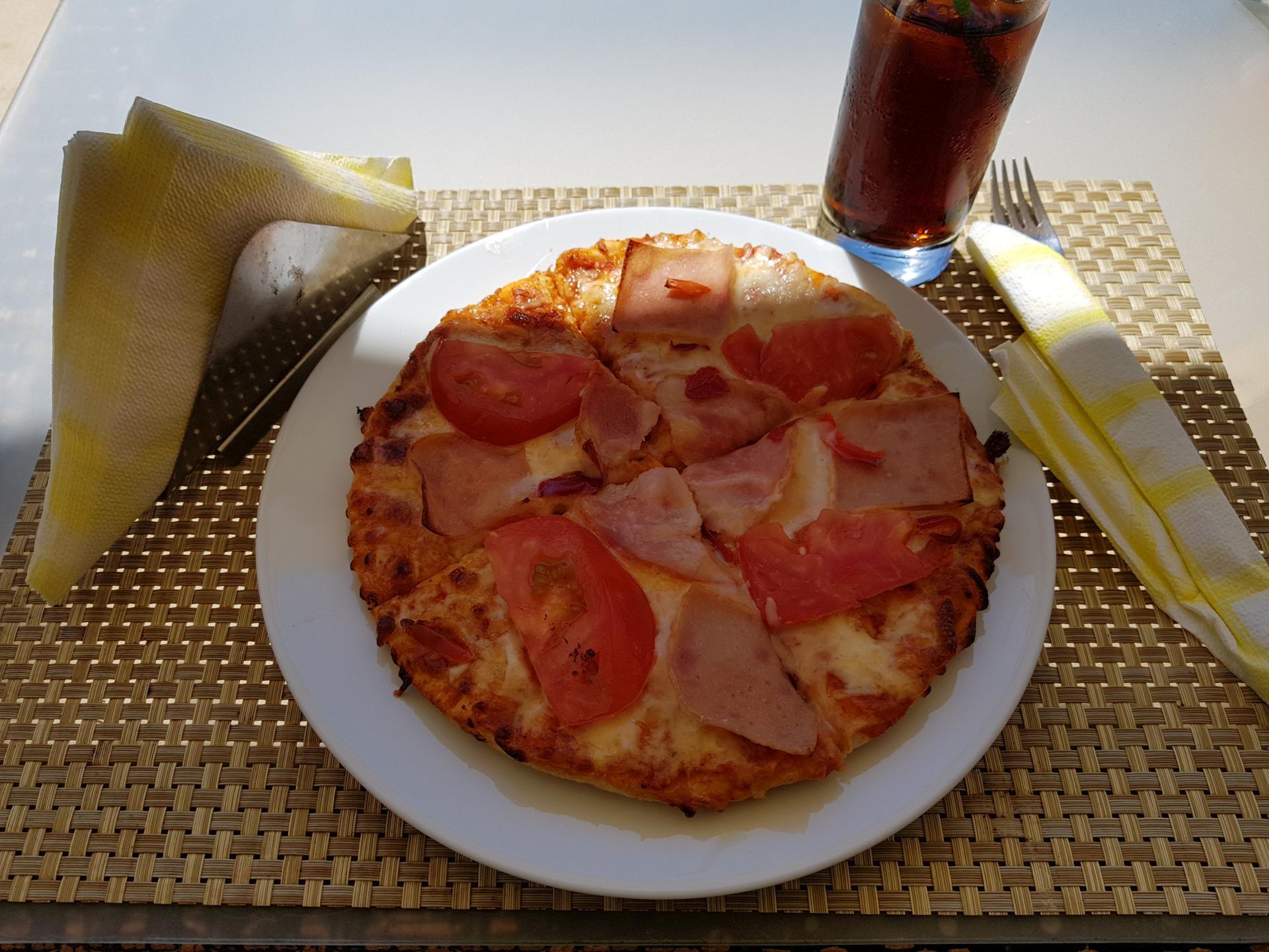 пицца в Греции