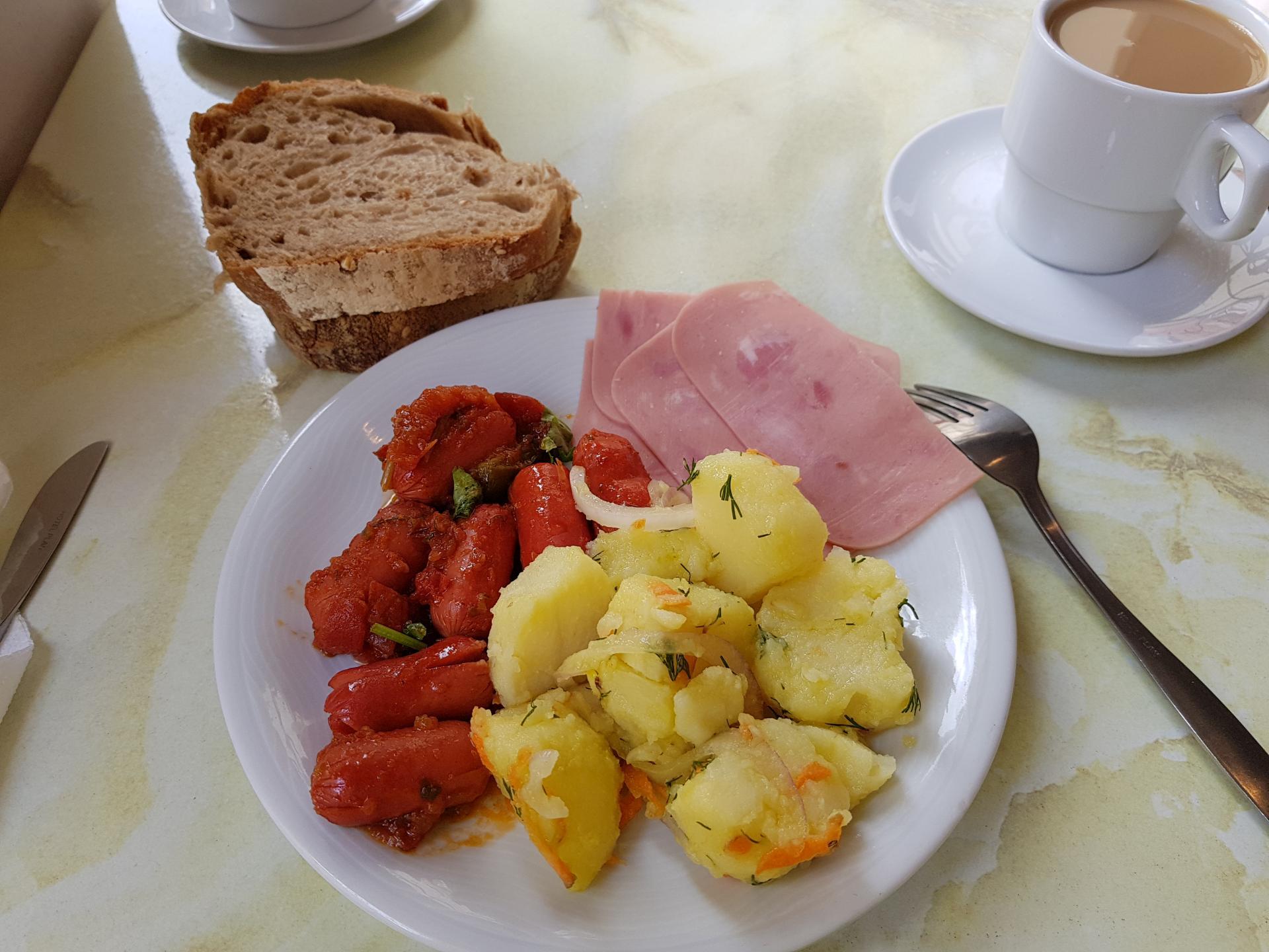 завтрак в греческом отеле