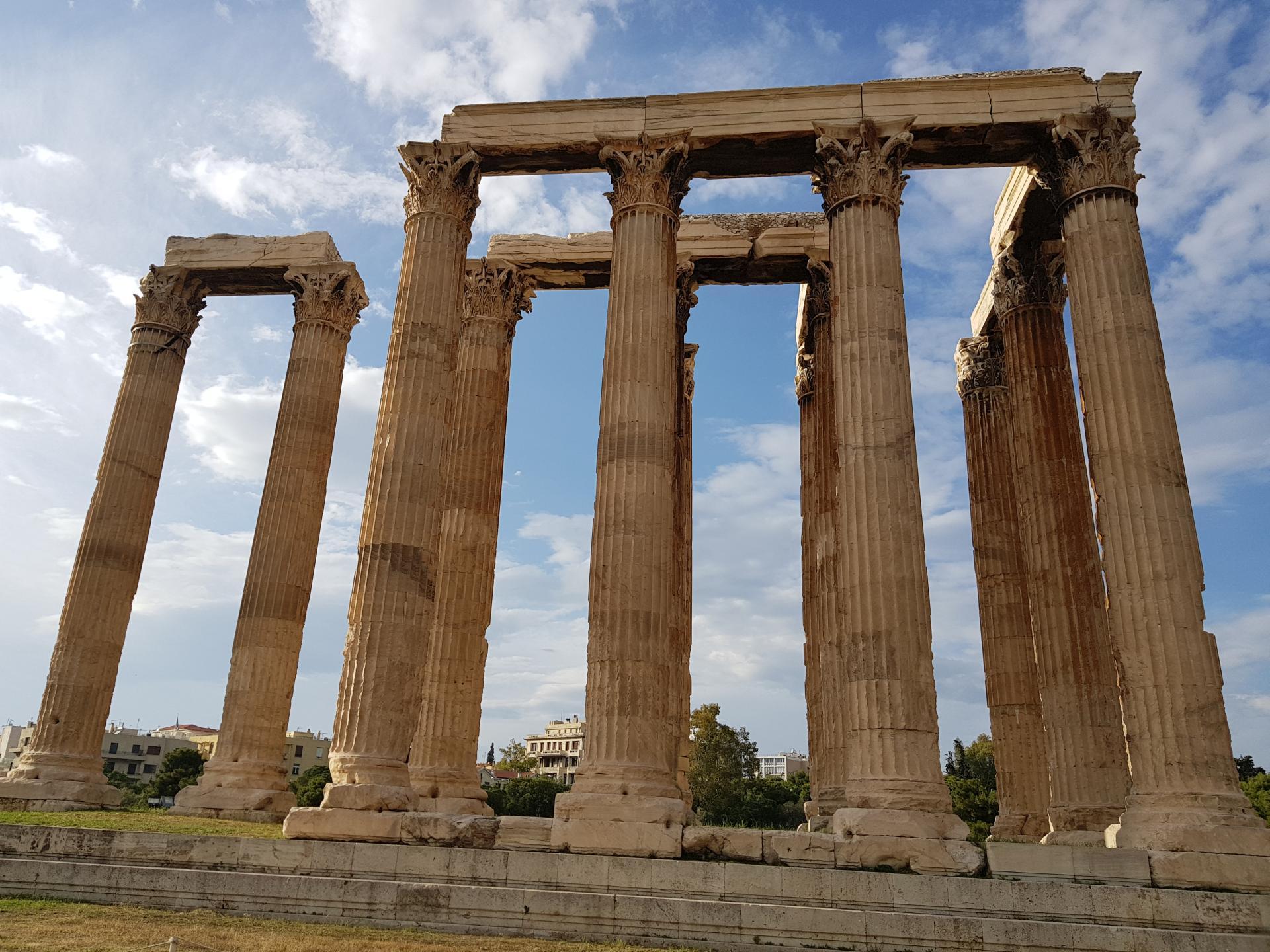 колонны храма Зевса Олимпийского, Афины