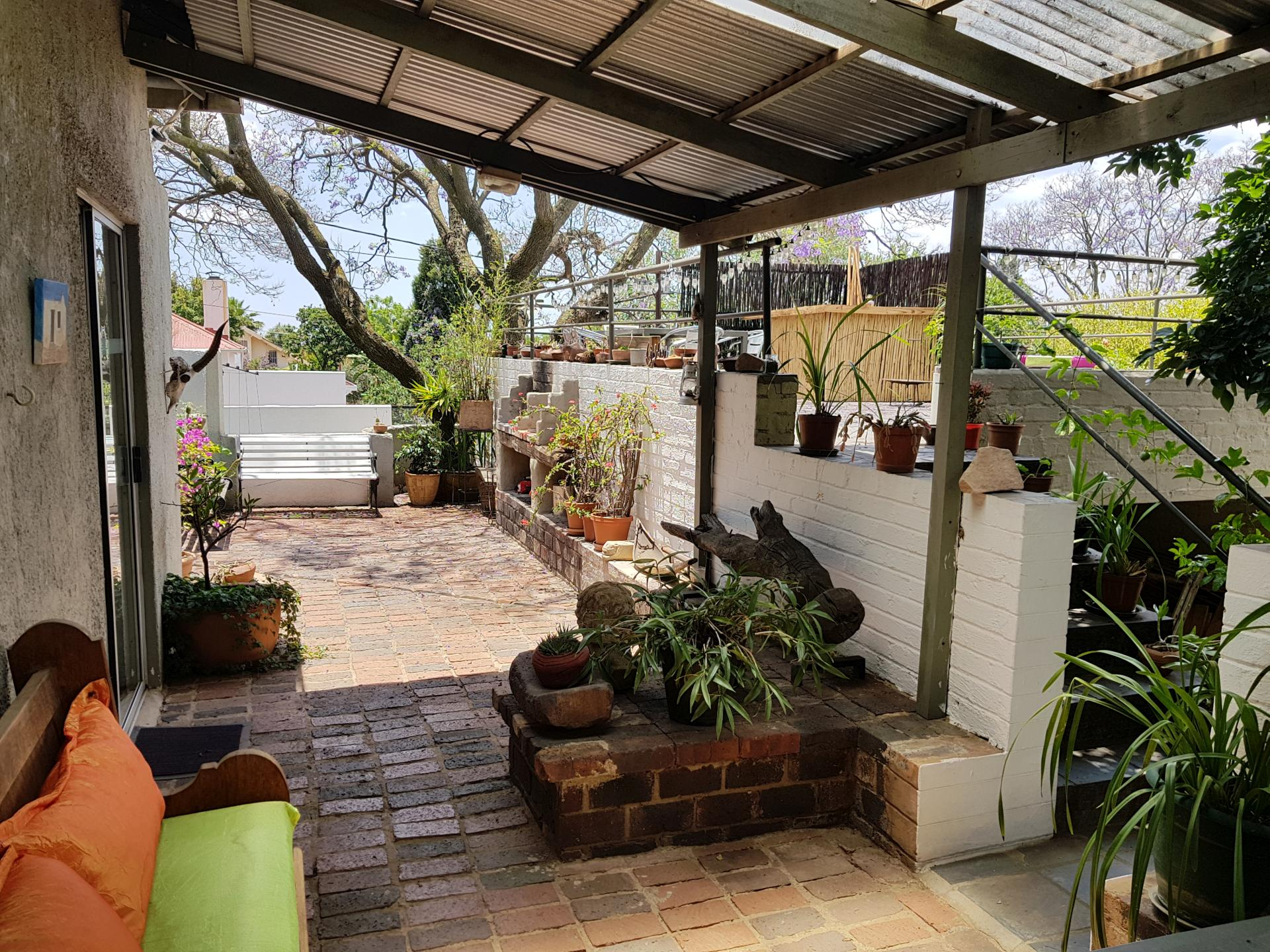 Лодж в Йоханнесбурге