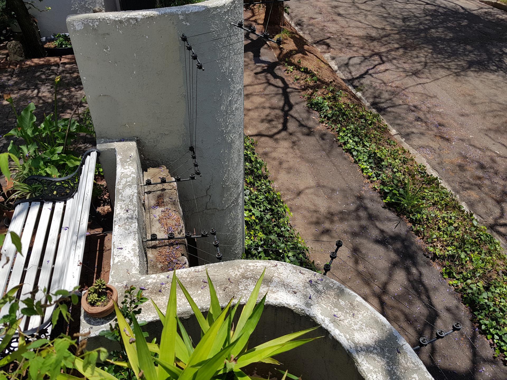 проволока под напряжением в Йоханнесбурге