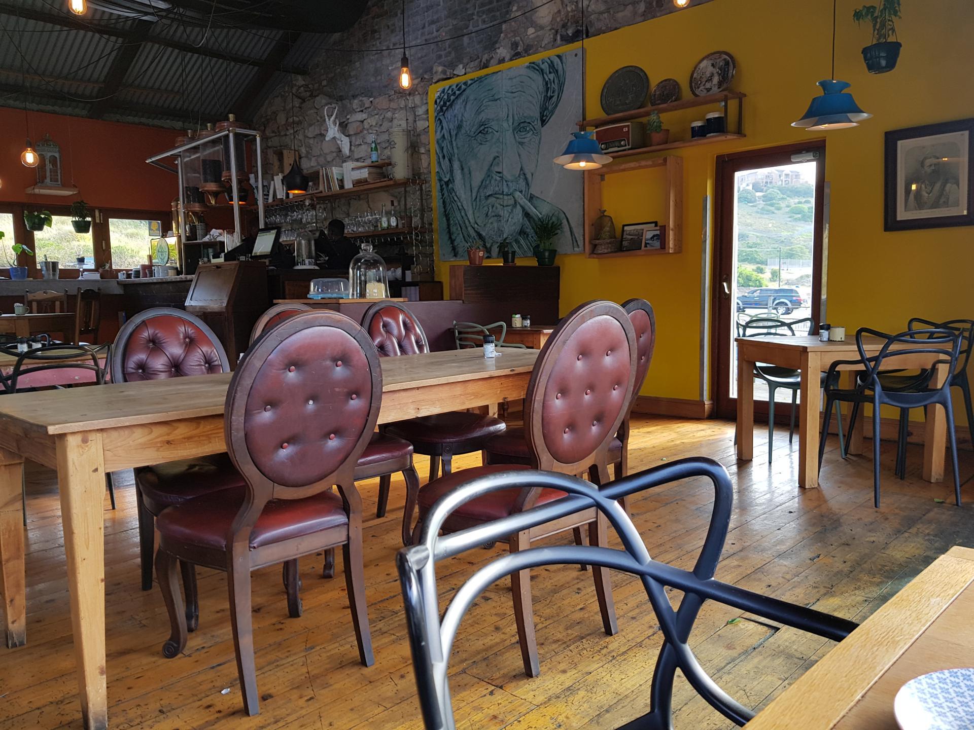 кафе в Порт-Элизабет