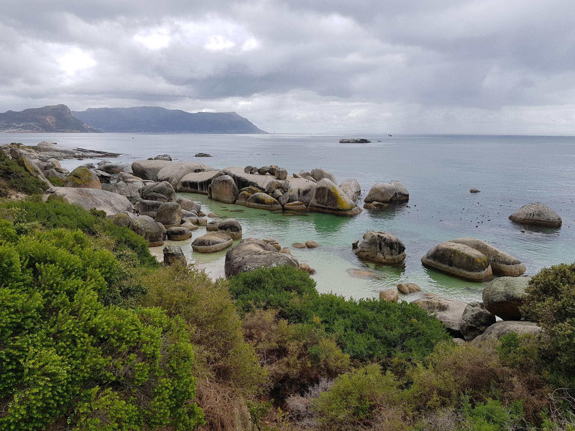 Пляж Болдерс Бич, ЮАР