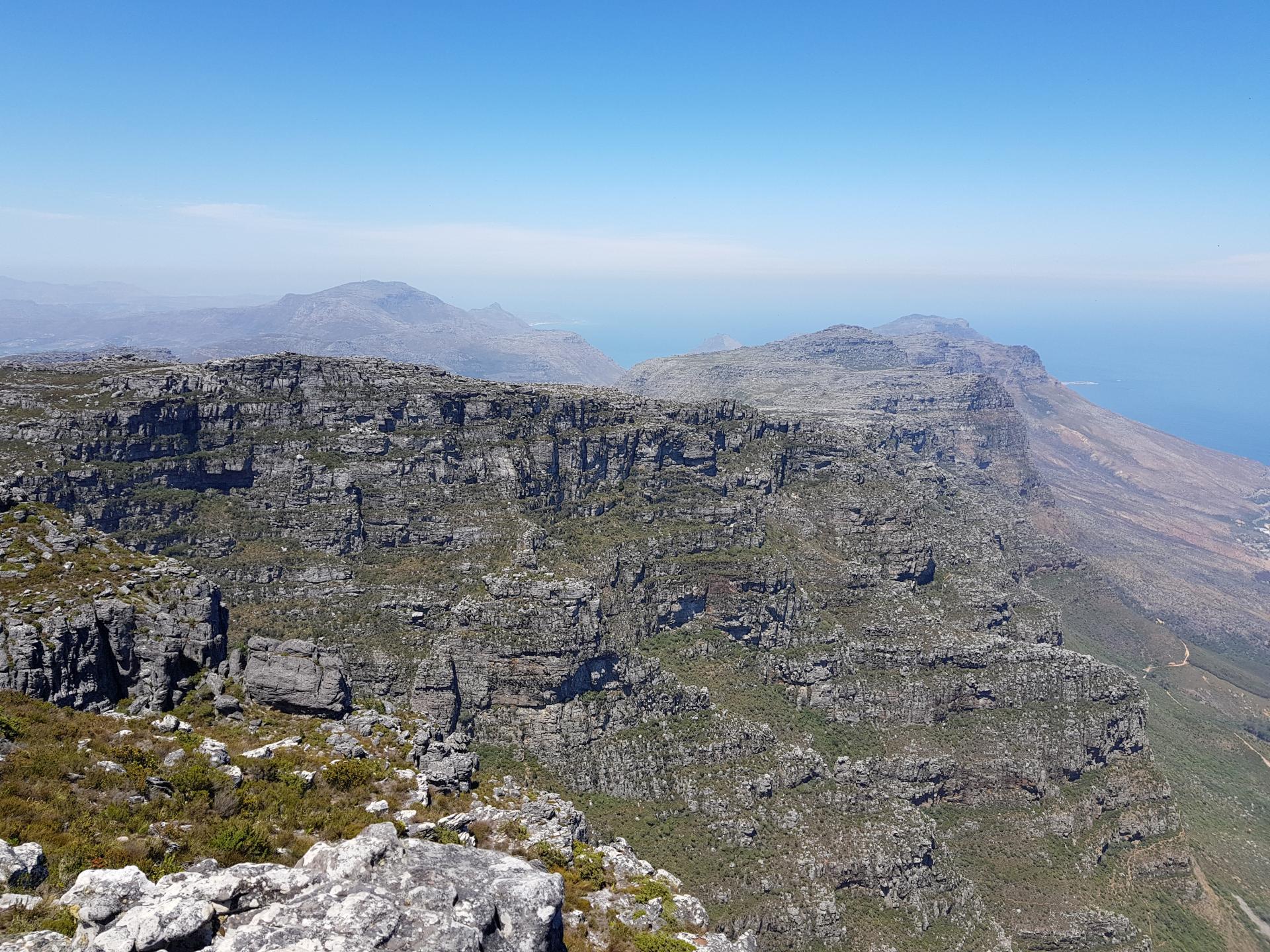 горные виды со Столовой горы