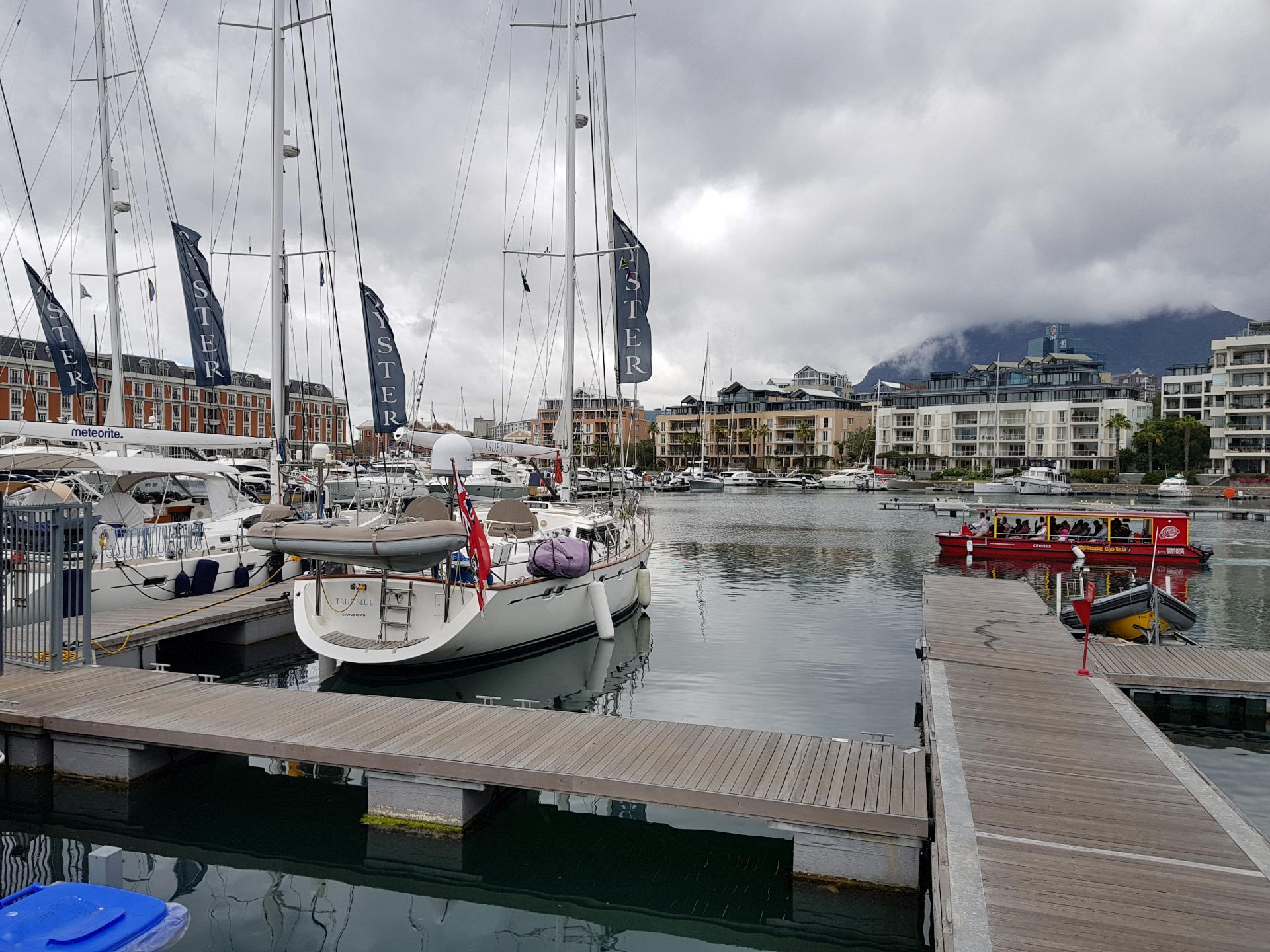 парусные яхты в Кейптауне