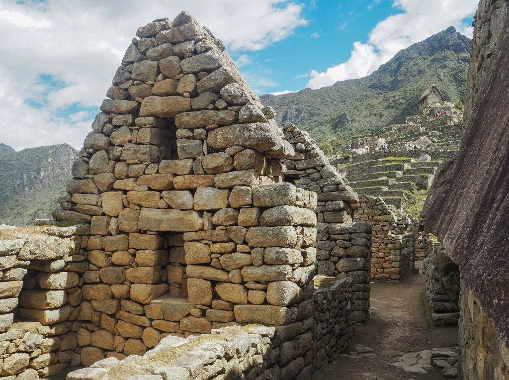 каменные дома в Мачу-Пикчу