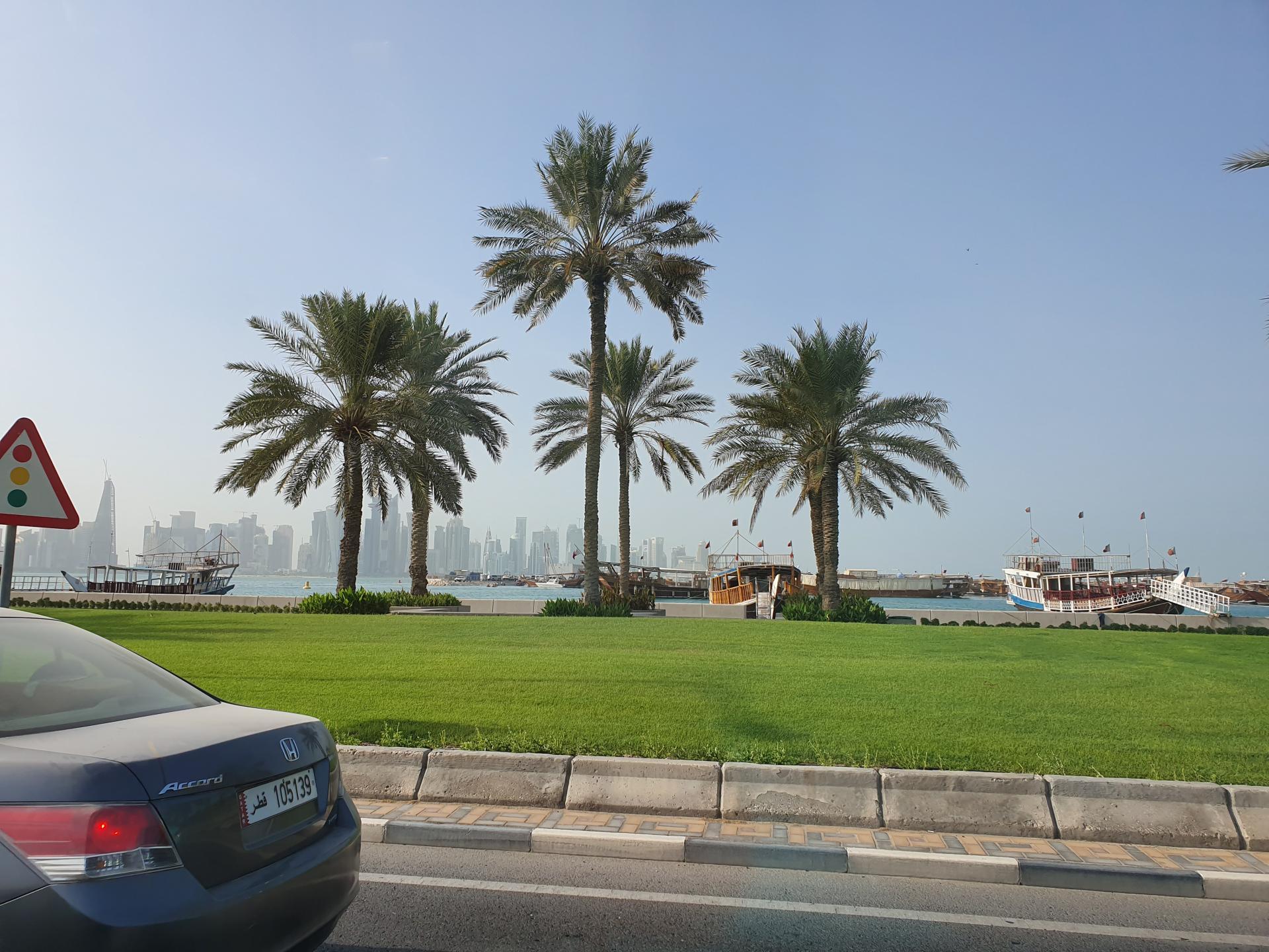 На дорогах Дохи, Катар