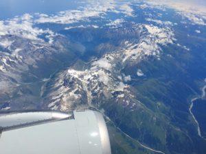 Вид на Кавказский хребет из самолета