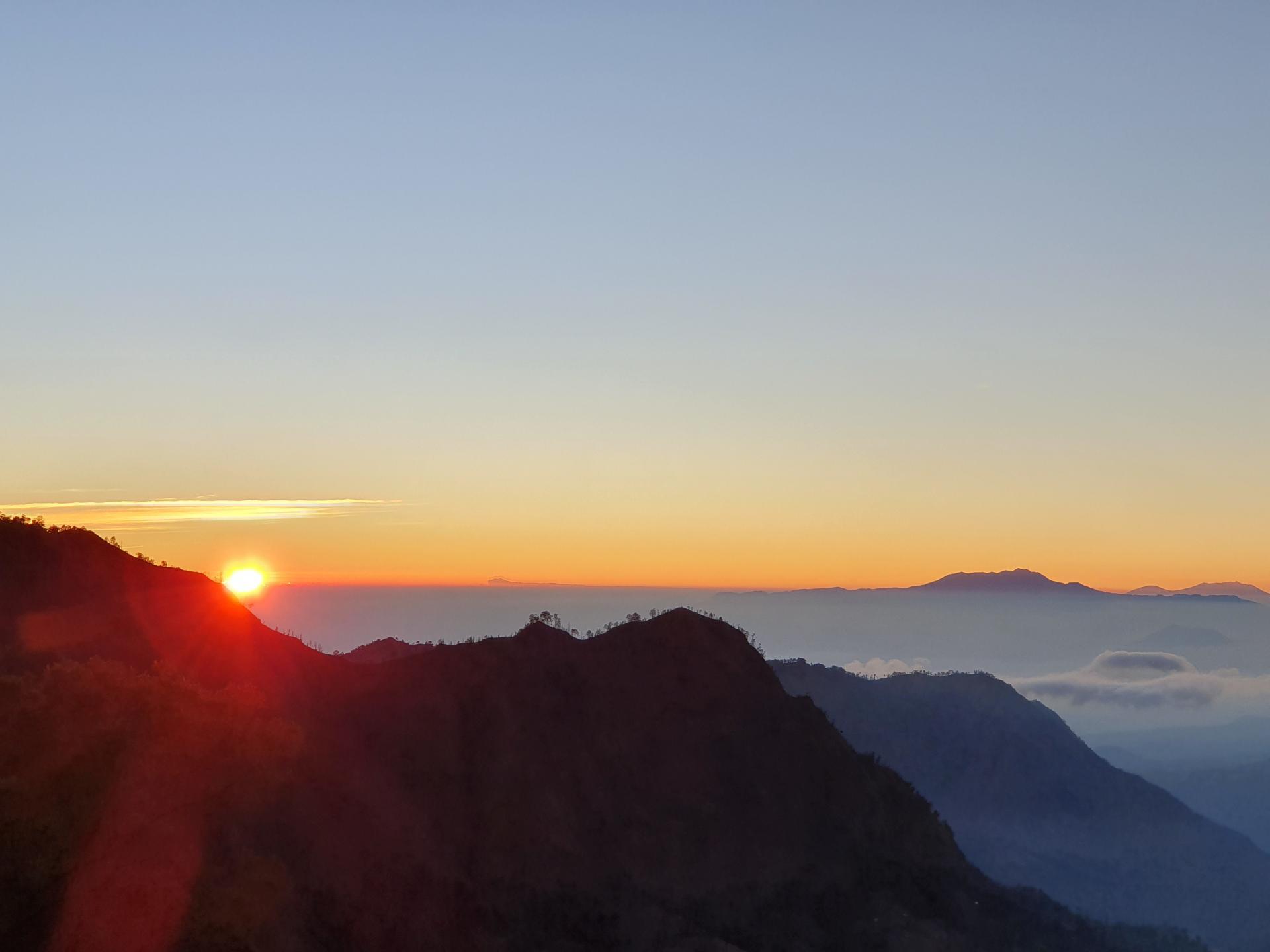 рассвет у вулкана Бромо