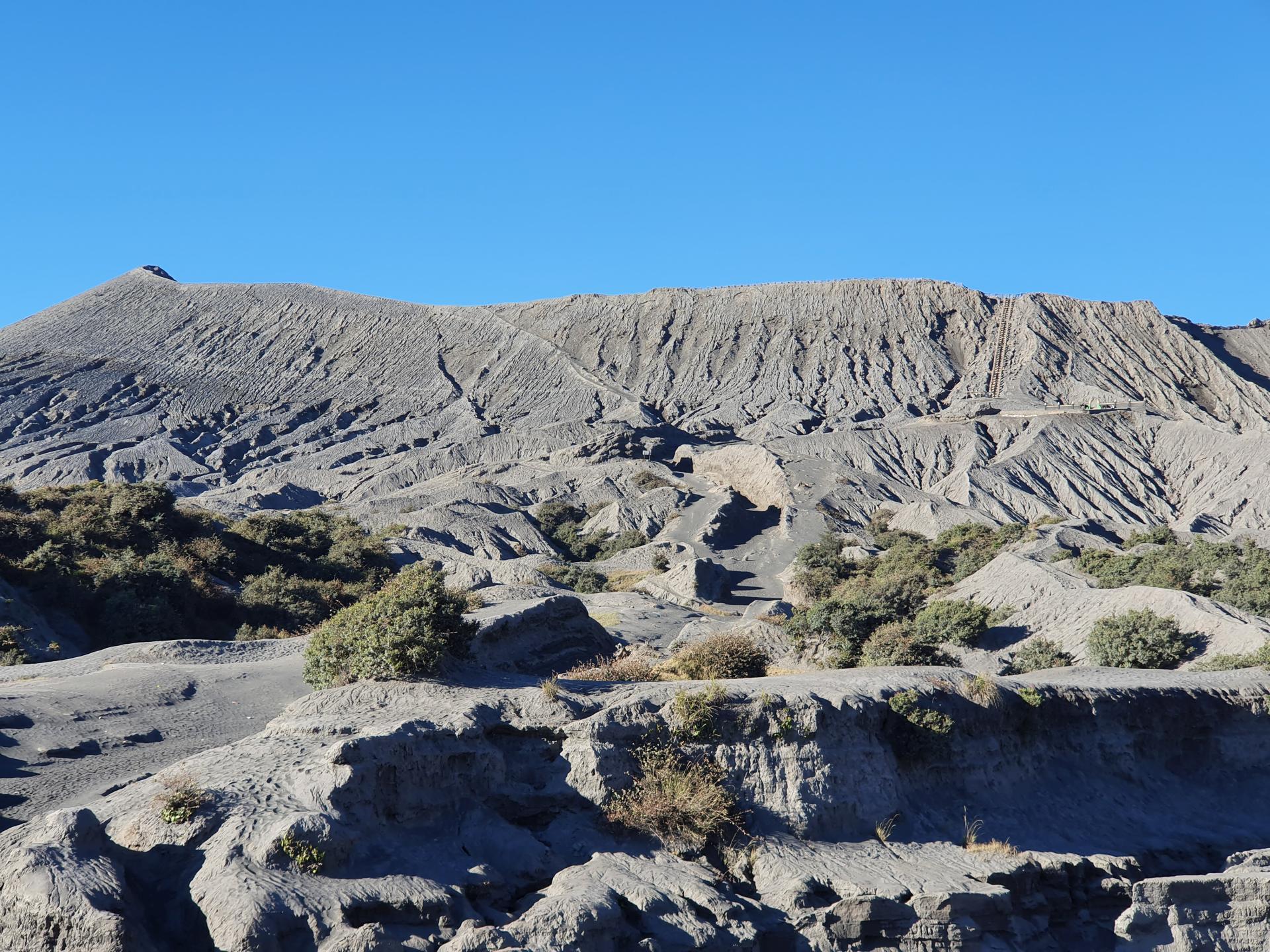 кратер вулкана Бромо, Индонезия