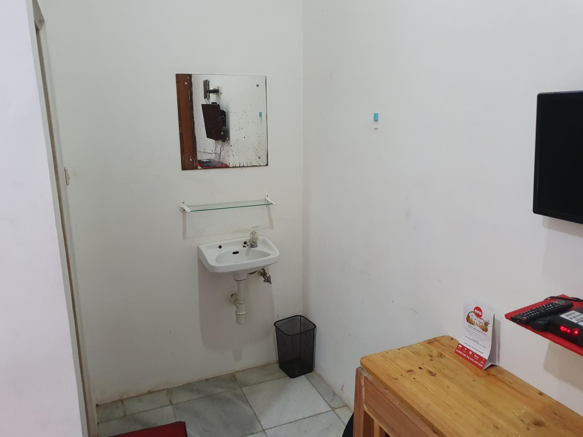 номер отеля OYO в Джакарте