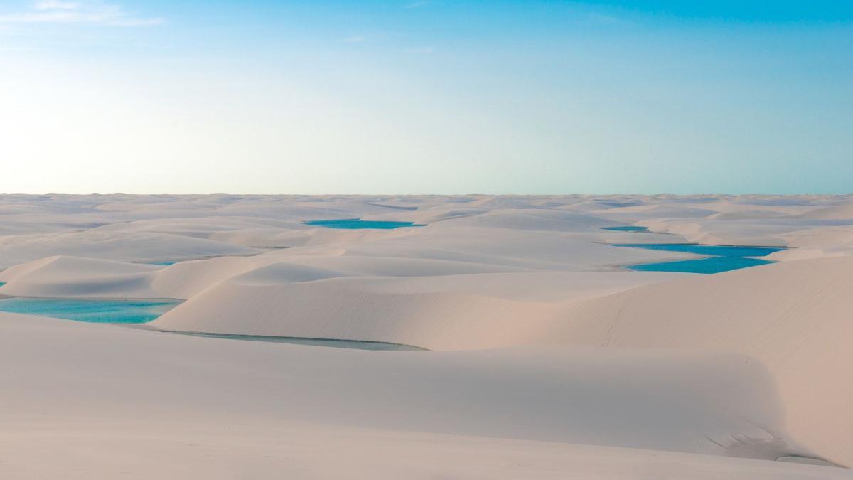 дюны в парке Ленсойс-Мараньенсис