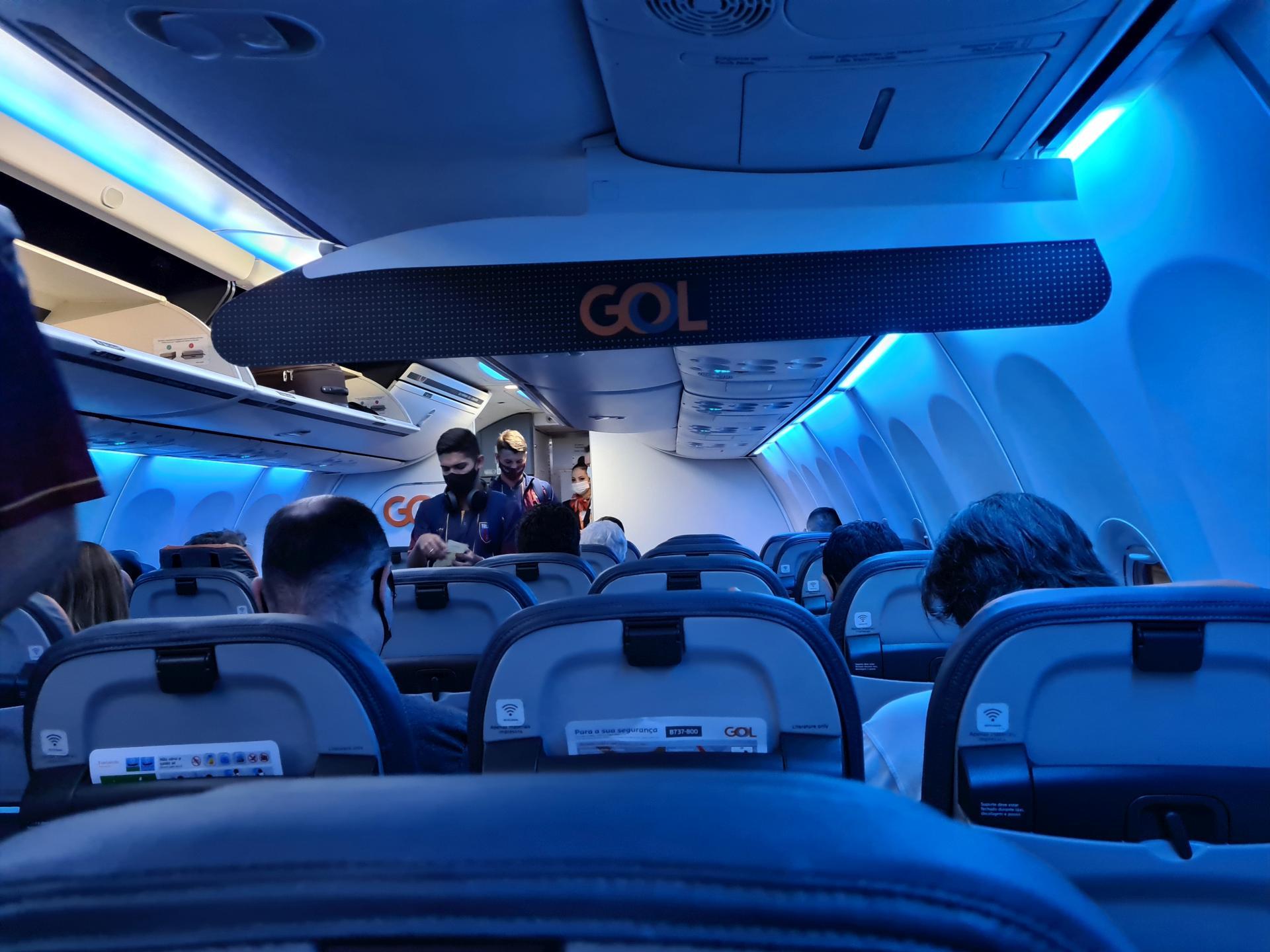 в самолете Boeing 737-800 GOL