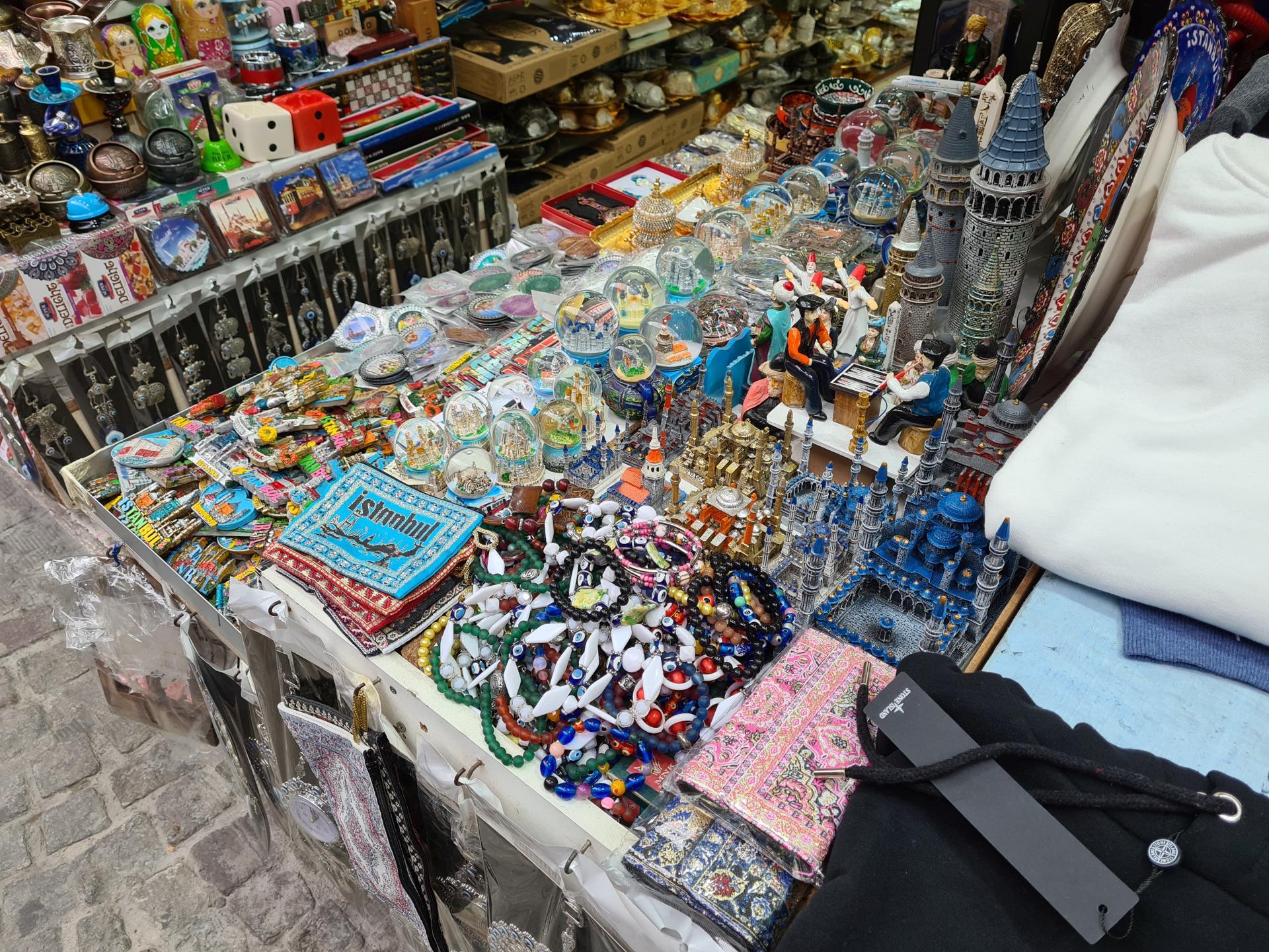 сувениры и безделушки в Турции