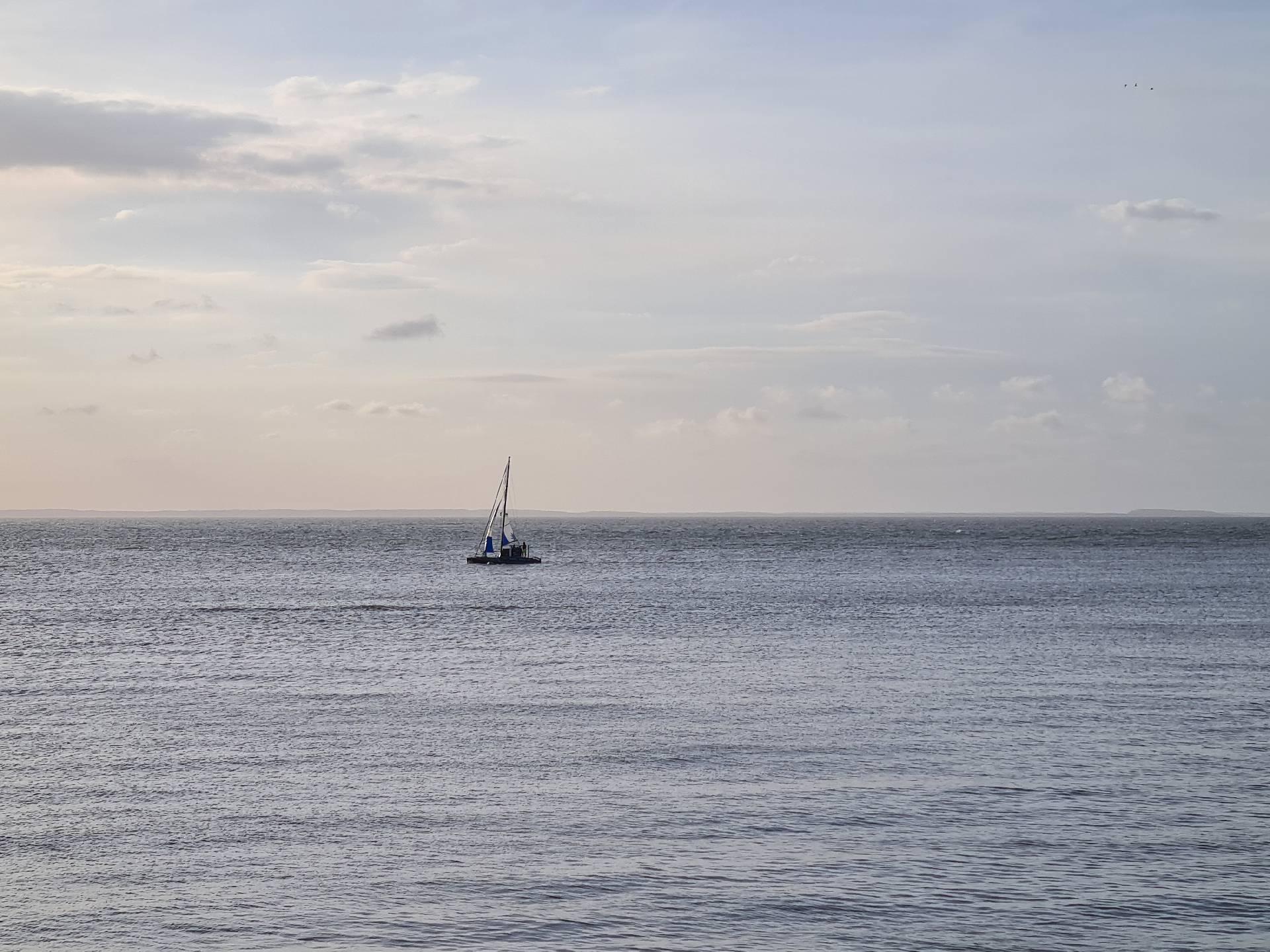 парусное судно в Атлантическом океане