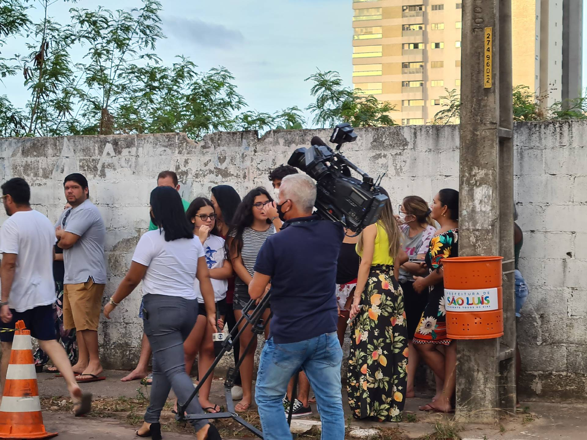 оператор готовится к съемке в Бразилии