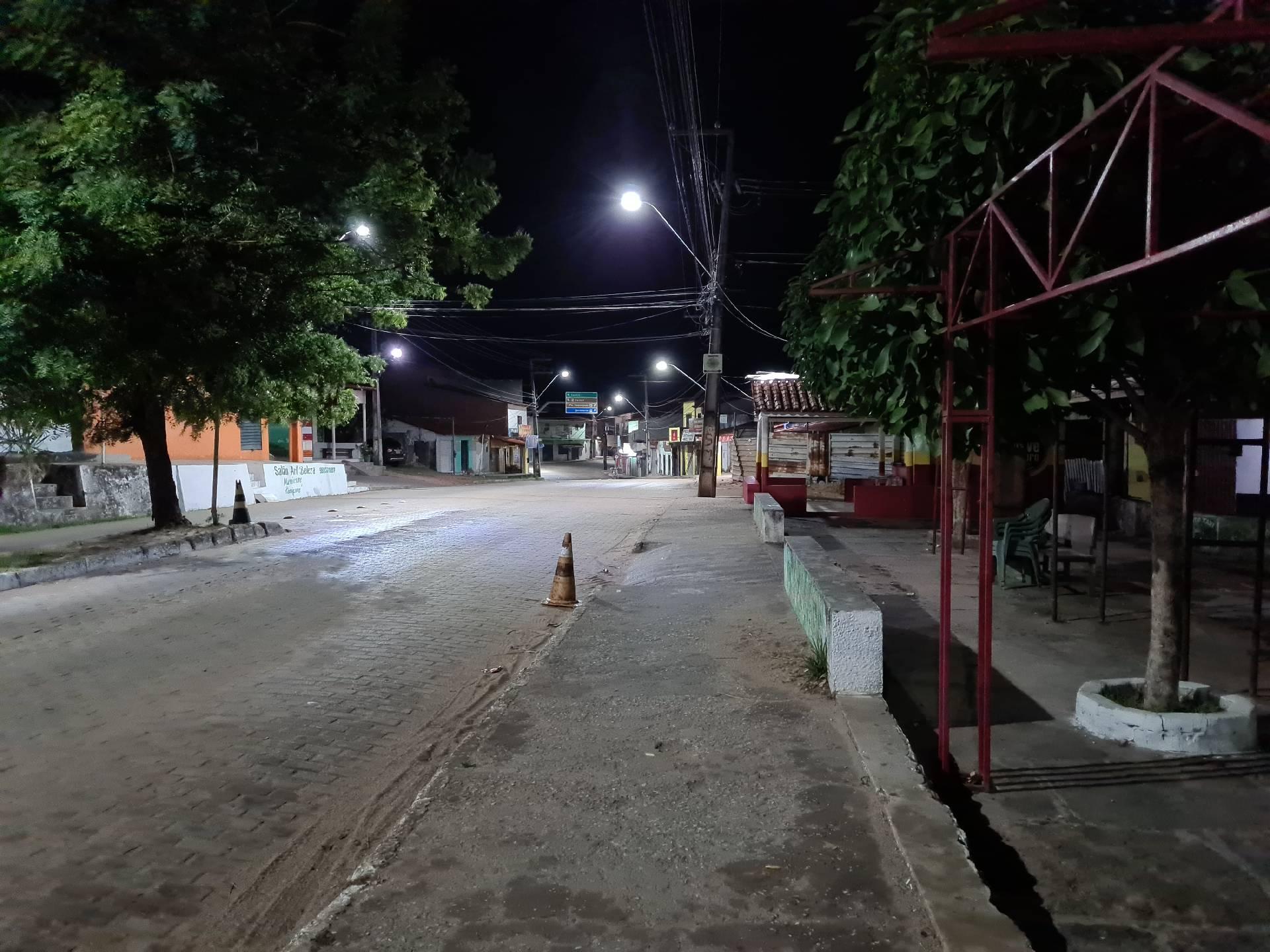 Баррейриньяс ночью