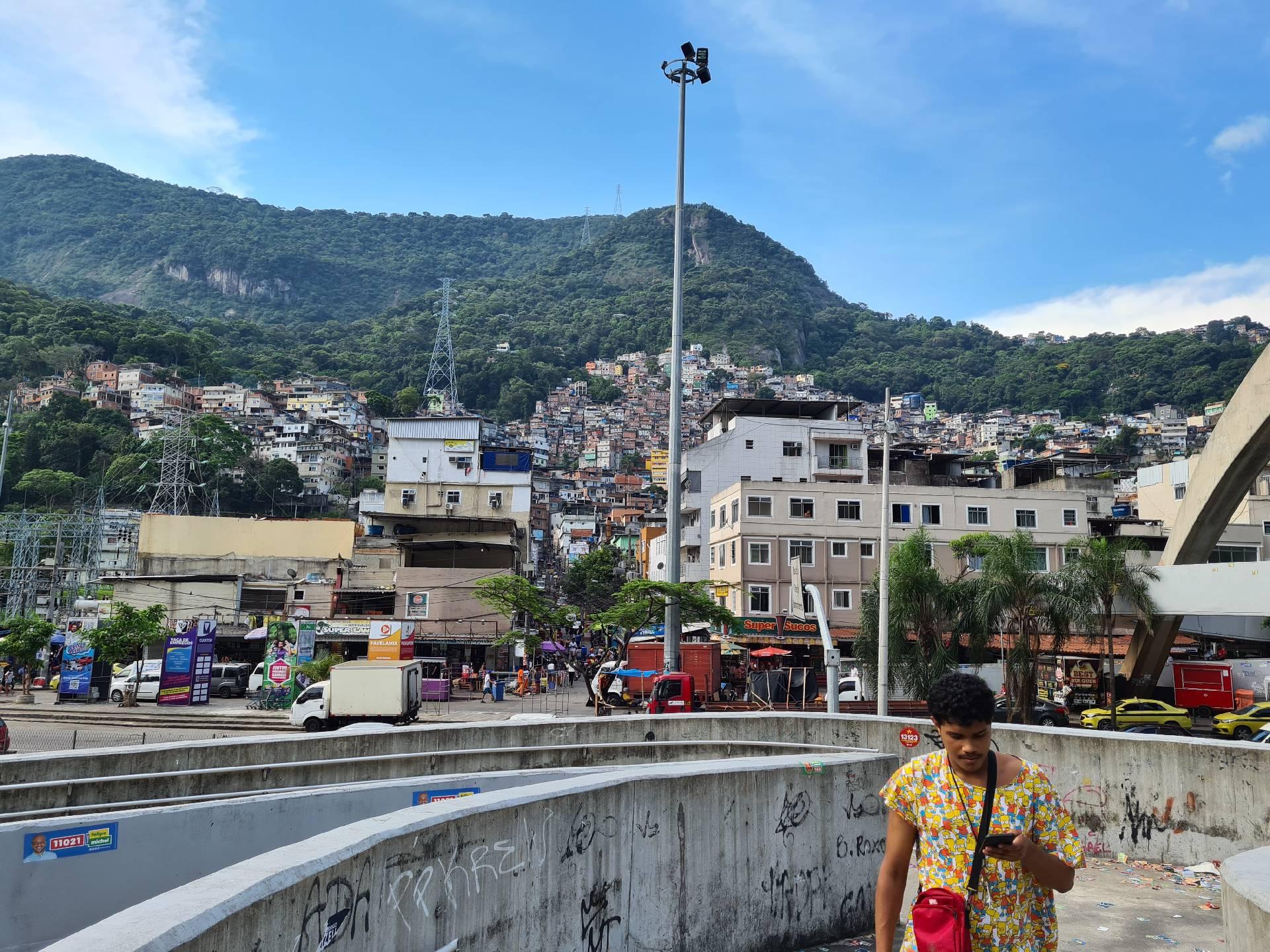 фавела Росинья в Рио-де-Жанейро