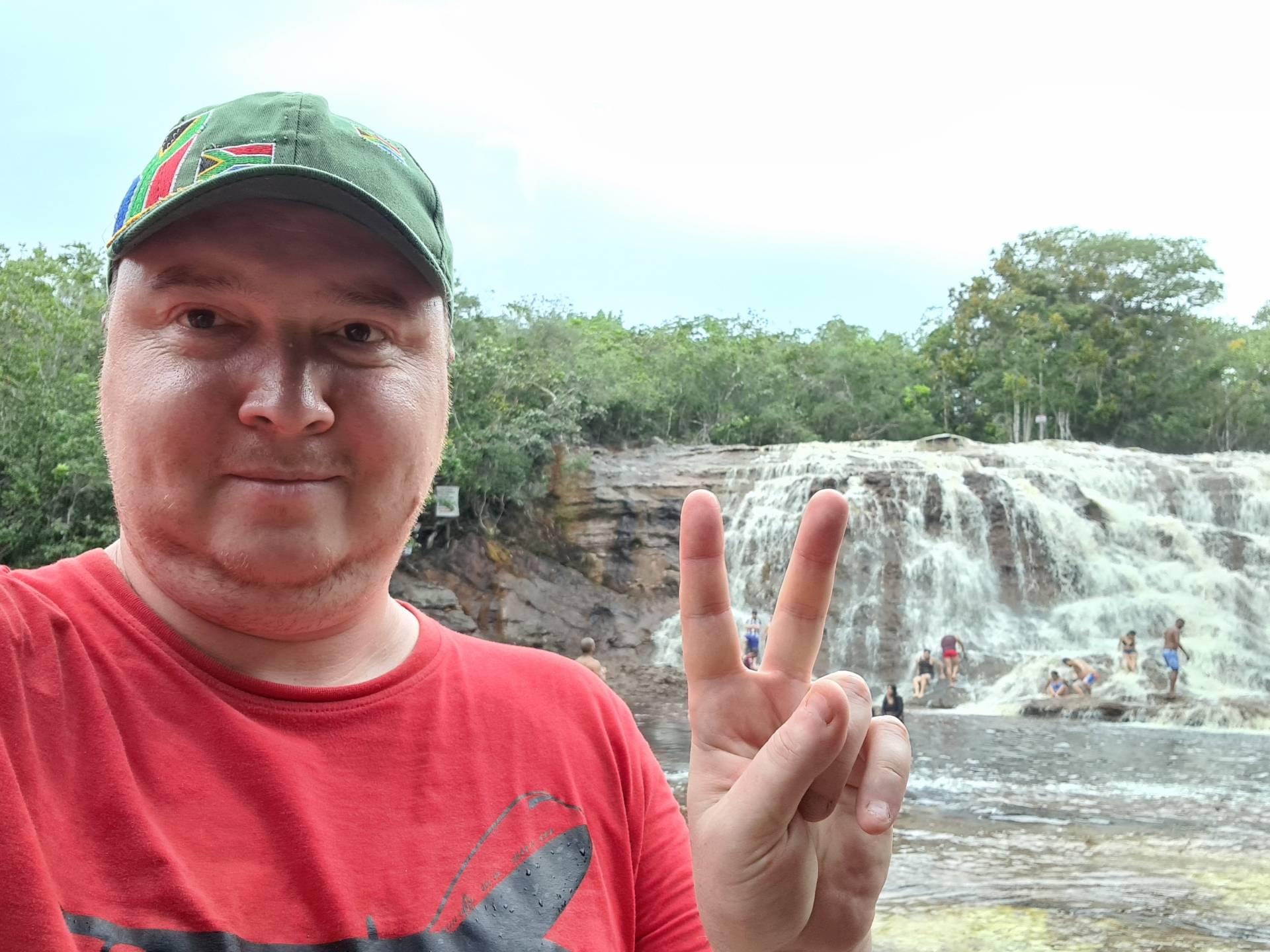 Вятский Лапоть на водопаде Ирацема