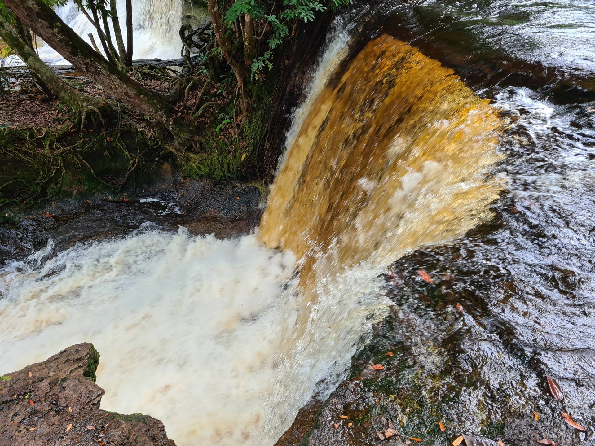 водопад Моко