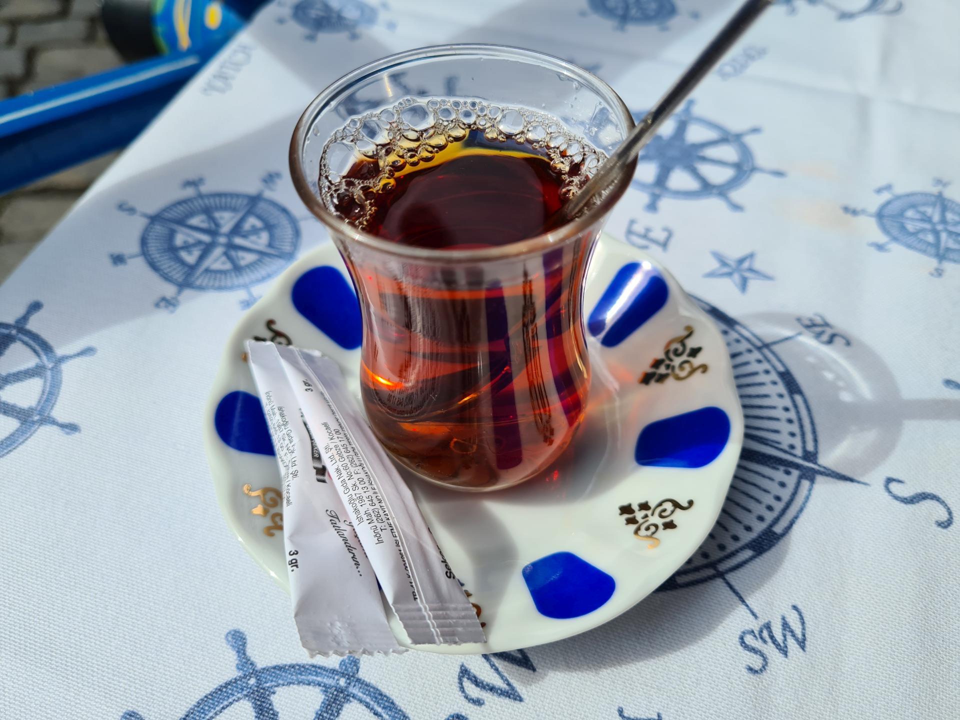 турецкий чай в пиале
